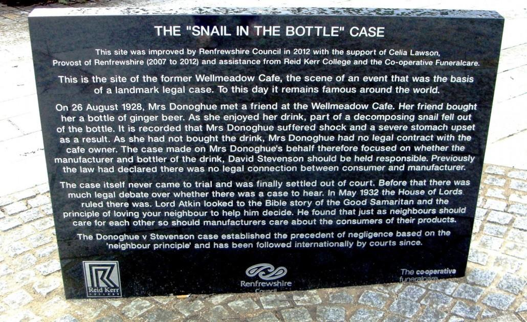 snail-in-the-bottle-case-1030x629